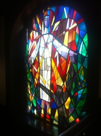 Herz-Jesu-Motiv im Fenster