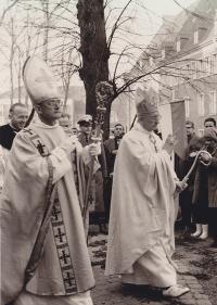 Am Tag der Bischofsweihe
